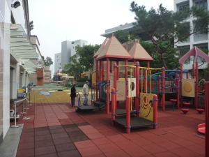 rooftop playground in hong kong mall