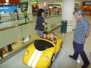 vivocity singapore with kids