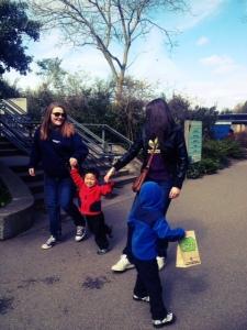 Family fun at woodland park zoo