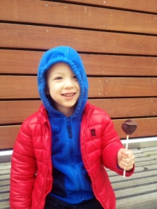 Eating cakepops at woodland park zoo