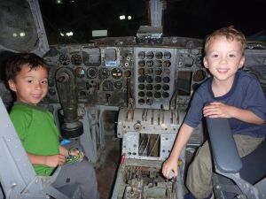 cool airplane restaurant kids will love in costa rica
