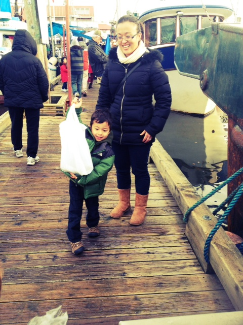 STeveston BC fish market with kids