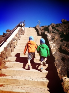 what to wear to haleakala with kids its chilly